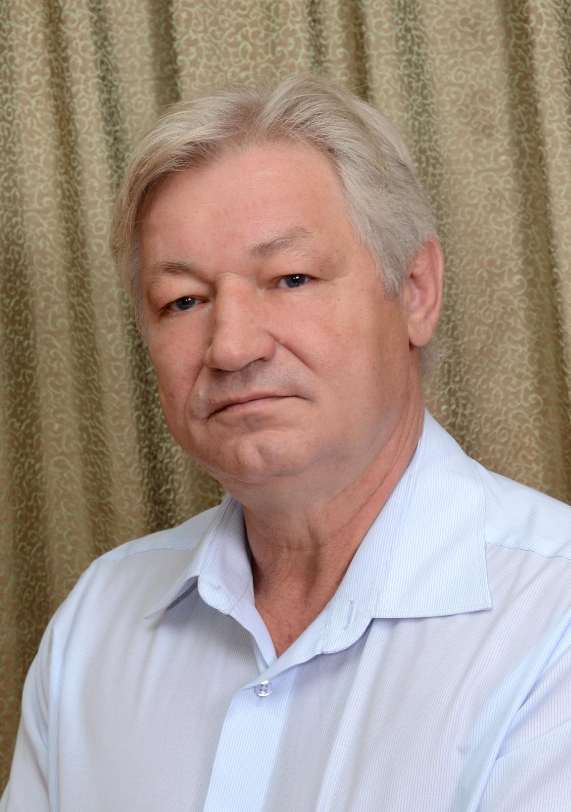 Фотография художественного руководителя театра Балыкова Сергея Николаевича