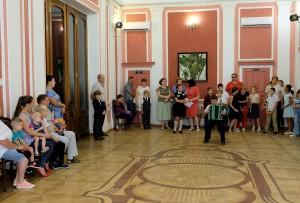 Астраханский театр кукол торжественно открыл XXXIII сезон